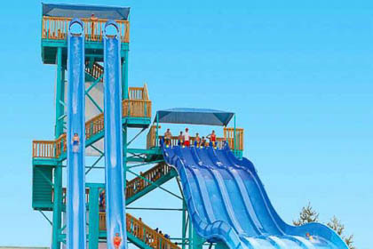 "White Water's iconic 7-story multiple slide ""Kalani Towers."""