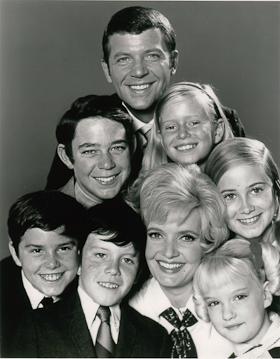 """Cast photo of """"The Brady Bunch."""""""