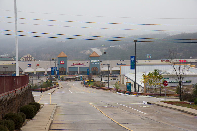 tanger outlet branson stores
