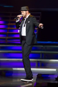 Justin Timberlake recreated by Scott Jordon during his set.