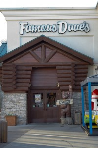 Famous Dave's o  at Branson Landing.