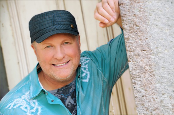 Collin Raye, Grammy winning country star who gets to the soul of country music.