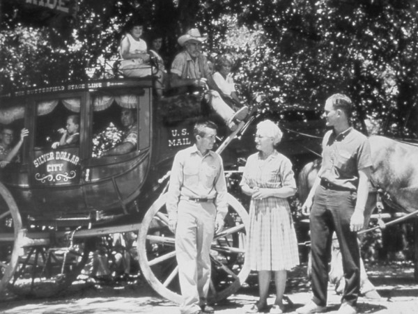 Jack, Mary and Peter Herschend  near the time Silver Dollar City opened. *